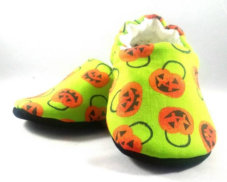 27568faead2 Pumpkin Feet Baby Booties  Baby shoes  Gender Neutral   baby