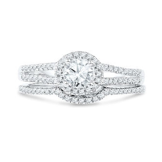 Round Halo Ring Set With 3 5 Ct T W Diamond Engagement Ring Etsy