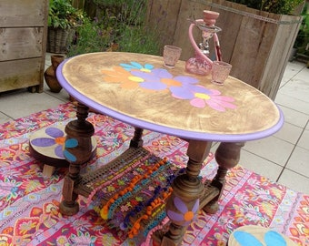 Hippie coffee table with 2 stools