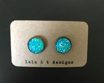 Iridescent aqua blue faux druzy cabochon earrings with antique bronze post, blue druzy earrings, antique bronze aqua blue druzy earrings