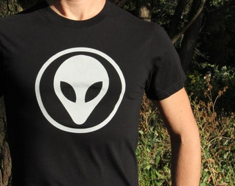 The Grey - Alien T-Shirt