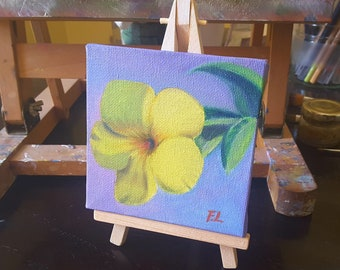 Yellow hibiscus, tiny painting, oil on canvas with wooden easel, small picture, original mini canvas, thumbnail, table decoration, gift idea
