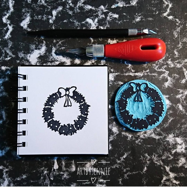 For gift wrapping and Christmas cards. Christmas wreath decoration stamp 2.3 inches Free worldwide shipping 6 by 6 cm