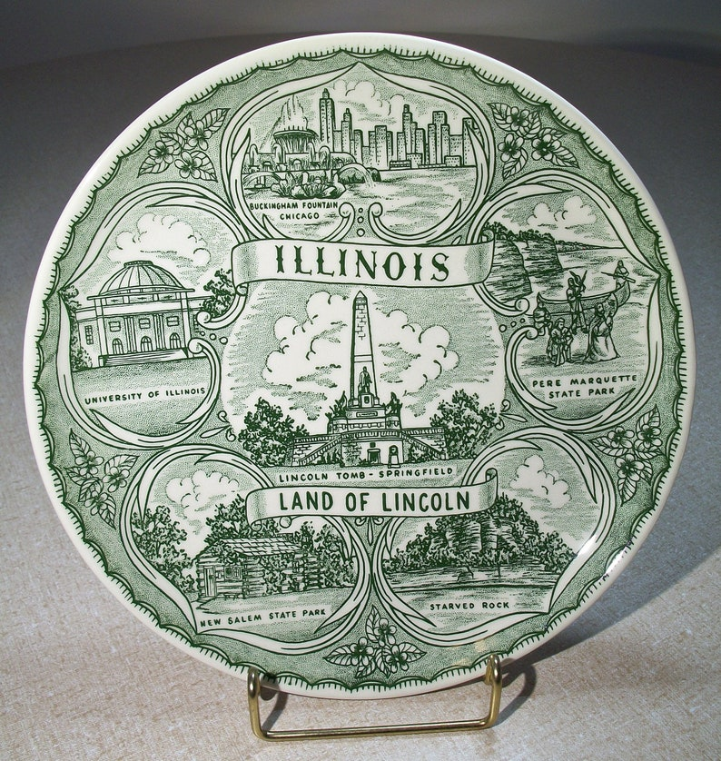 New Salem Buckingham Fountain University of Illinois Pere Marquette Starved Rock Lincoln Tomb Land of Lincoln Illinois Souvenir Plate