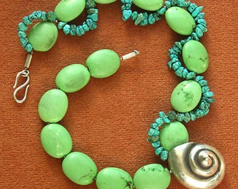 Necklace Medium Long Turquoise Howlith Magnesite Silver Snail Green Turquoise Artisan Unique Fairy Tale Playful Sea Silver Design