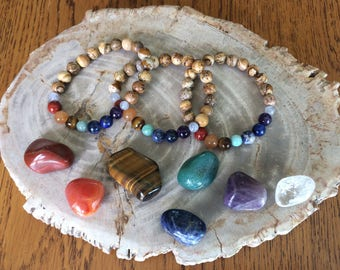 TRUE CHAKRA Bracelet!!! Chakra Pouch Handmade Natural Healing Crystal Meditation A Quality Beads! Healing Bracelet Rainbow Bracelet Reiki Je