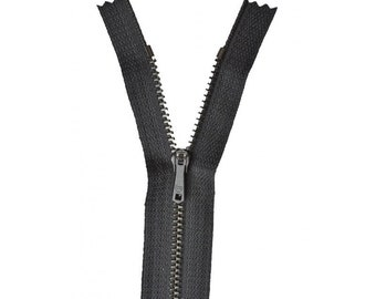 Zipper Z13 metallic color black 460