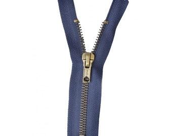 Zipper Z14 metallic color 570 Blue Navy