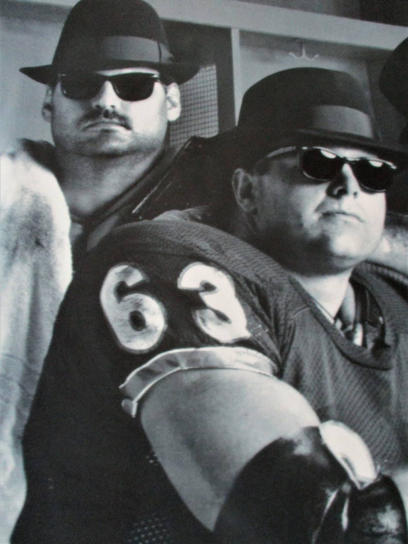 Vintage Sports Poster 1989 B/&W Chicago Bears Linebackers