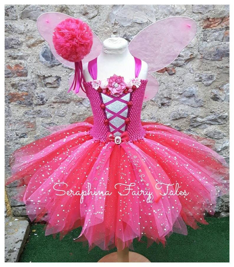 9844334fffcb6 Les filles de fleur Tutu Dress Costume de fée. Robe de fête