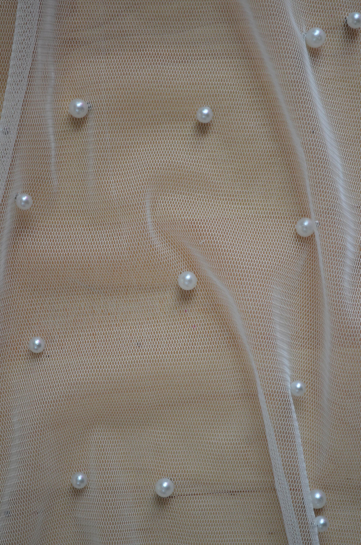 Perle en relief Tulle tissu demi mètre - UK livraison livraison UK gratuite - mariée, mariage, Ivoire 5e0db4