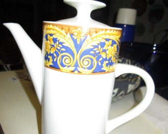 Lynns Fine China Coffee Pot
