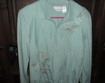 Seafoam Green with Embroidery/Sequins/Beads Pullover Feminine Sweater Size Medium