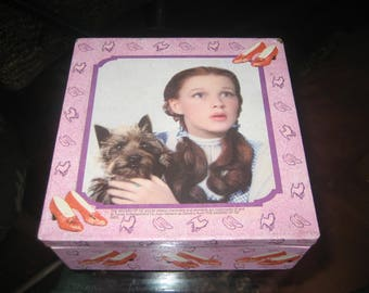Wizard of Oz Dorothy & Toto Vintage 5 Inch Square Box