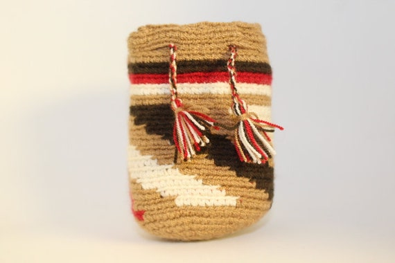 Handmade Mini Wayuu handbag (Brown, mocha, red, white ) – Dog disposable bags/treats holder