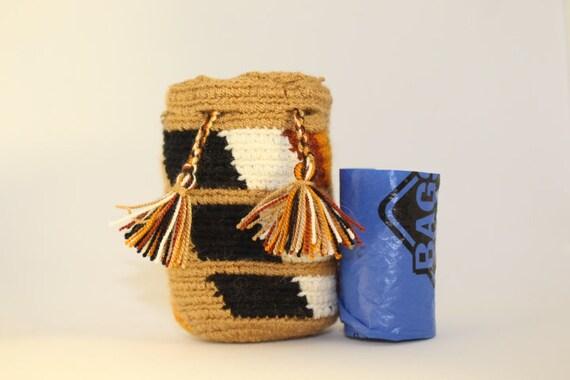 Handmade Mini Wayuu handbag (Brown, black, white, ochre, orange) – Dog disposable bags/treats holder