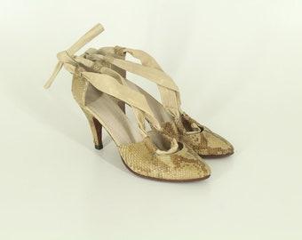 90s • Vintage • Snake Skin Shoes • Elegant Shoes • High Heel Shoes • Ladies Schoes • Leather Shoes • Women's Shoes • US 8 • UK 6 • EU 38