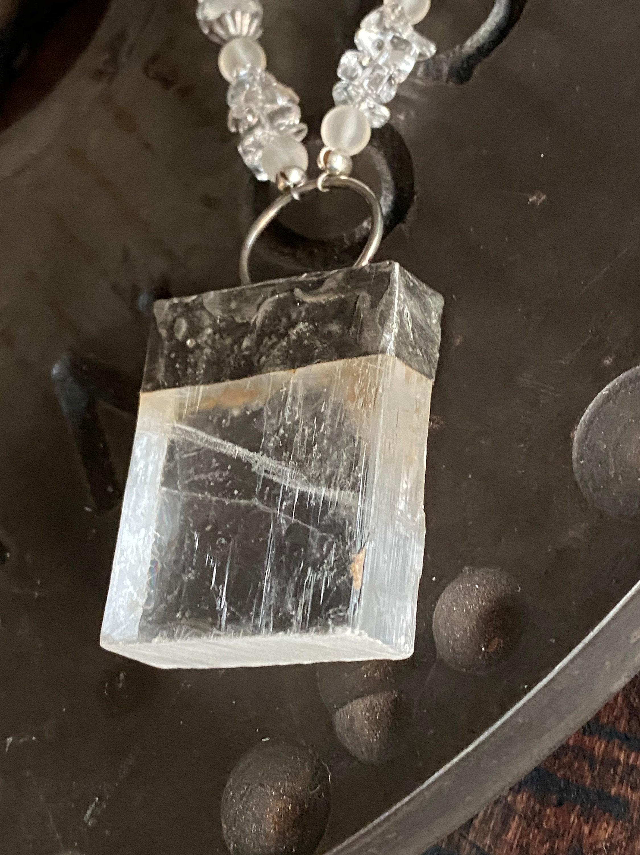 Selenite Tower Stone ,Selenite is one of the more powerful healing stones,Selenite Crystal Stone