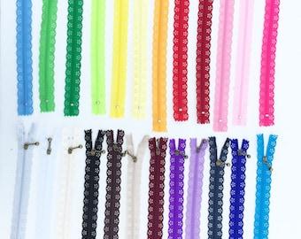 Lace Zipper, Many Colors - Nylon Zipper - 20 CM Zipper - 8 Inch Zipper - Closed End Zipper -  Scallop Zippers - Antique Brass Metal Zippers
