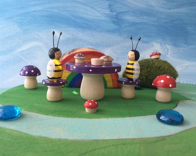 Bumblebee Picnic