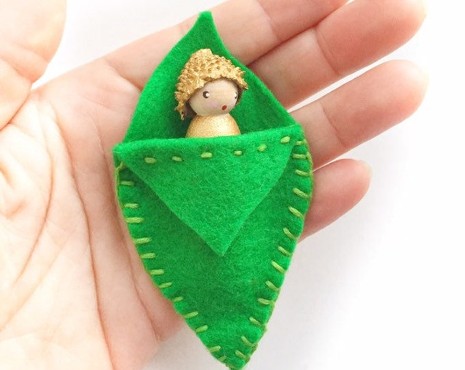 Acorn pocket doll