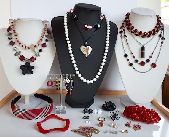 Destash 30 pcs red black white Bohemian jewelry lo
