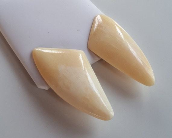 RUNWAY clip-on earrings vintage hand carved bovine