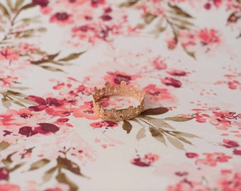 Ivory Floral Newborn Posing Fabric, Floral Blanket, Posing Fabric, Newborn Backdrop, Fabric backdrop, Posing Fabric, Bean Bag Blanket