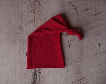 Red Stretch Knit Raw Hem Holiday Seasonal Knotted Sleepy Cap