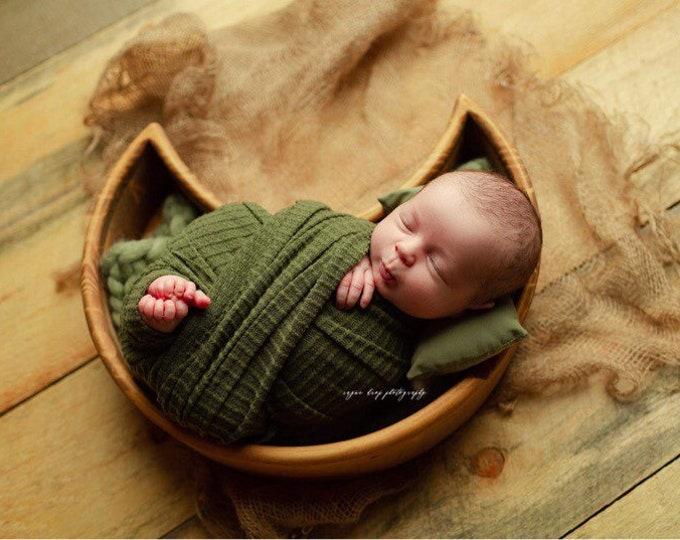 Olive Green Newborn Waffle Texture Grid Wrap/ Newborn Photo Prop/ Newborn Fringe Knit Wrap/ Knit Stretch Wrap/ Grid Wrap