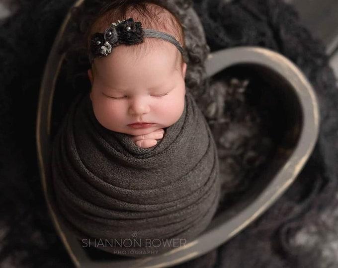 Dark Gray Stretch Sweater Wrap Photography Photo Prop, Dark Grey Sweater Wrap, Newborn Wrap, Newborn Wrap, Dark Gray Newborn Prop