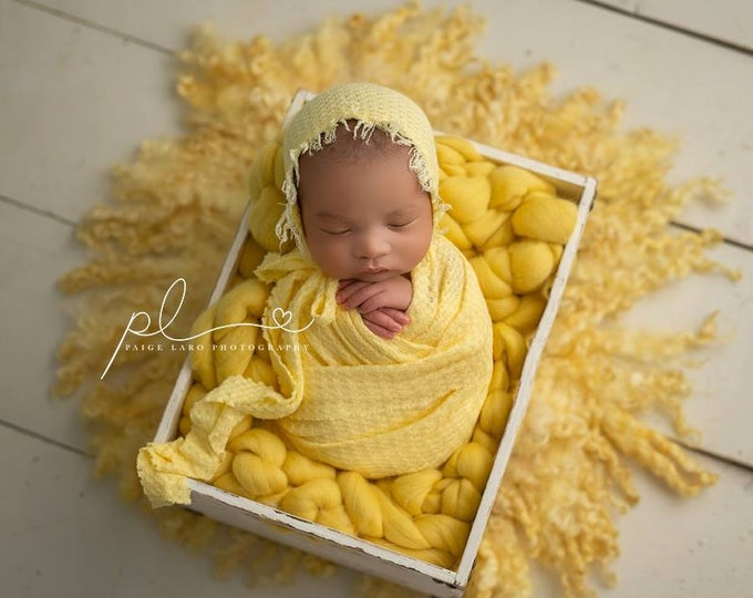 Yellow Newborn Waffle Texture Knit Stretch Fringe Wrap And Bonnet Hat Set, Yellow Newborn Photo, Yellow Props, Newborn Photo, Yellow Bonnet