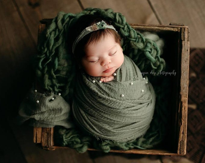 Sage Pearl Fringe Layer, Fringe Wrap, Texture Wrap, Newborn, Newborn Prop, Newborn Wrap, Wrap, Newborn Wrap, Newborn Stretch Wrap, Pearl