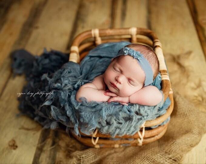 Cornflower Blue Tufted Frou Frou Shag Basket Stuffer Layer, Newborn Layer, Newborn Photography Basket Stuffer Prop, Newborn Photo Prop, Tuft