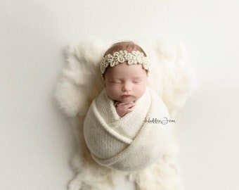 Ivory Cream Natural Dyed Fur Newborn Posing Photography Prop, Newborn Fur Prop, Newborn Basket Filler Prop, Posing Fur Prop, Newborn