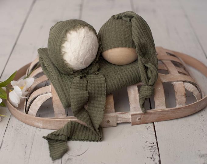 Olive Green Newborn Waffle Texture Knit Stretch Fringe Wrap And Bonnet Hat Set, Sleepy Cap Set, Newborn Photo Props, Newborn Photo