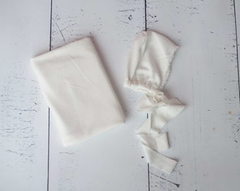Off White Ivory Neutral Color Organic Texture Stretch Knit Fringe Wrap and Bonnet Hat Set/ Neutral Bonnet Set/ Organic Texture Wrap