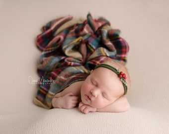 Plaid Basket Stuffer Layer, Newborn Photography Basket Stuffer Prop, Plaid Newborn Layer, Plaid Newborn Props, Fringe Newborn Layer