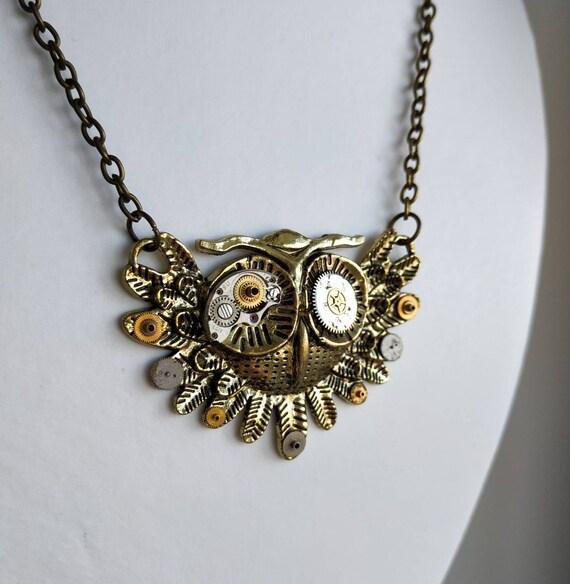 Owl jewelry Steampunk necklace Metal Bird pendant Watch parts Steam punk Owls Clockwork Vintage wedding Graduation gift