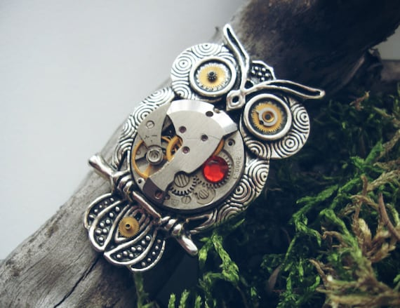 Owl brooch Steampunk Vintage Gothic Victorian Heart Jewelry Bird Owl Pin Fantasy Gift Silver Red Women Men Watch parts