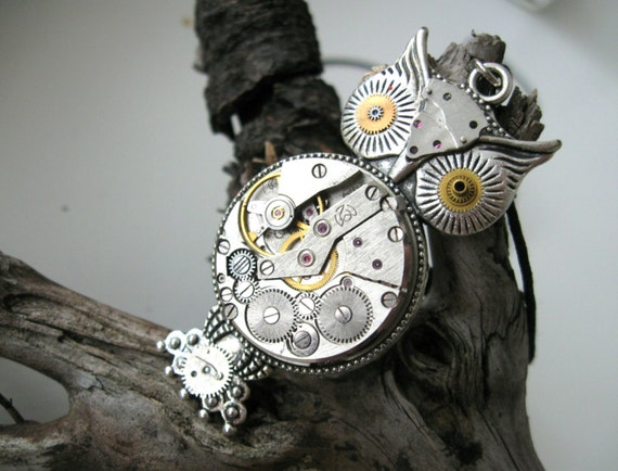 Steampunk owl necklace Vintage style necklace Steampunk pendant Steampunk jewelry Gears Watch movement necklace Clockwork Steam punk gift