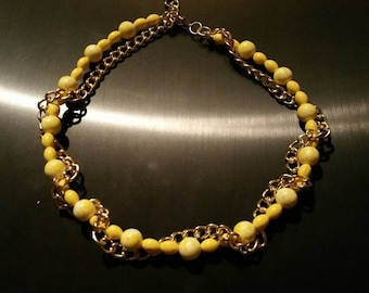 Mellow yellow necklace