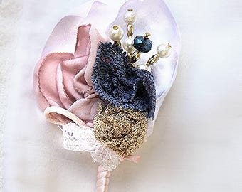 Men's lapel pin, pale pink and blue Wedding boutonniere, buttonhole wedding men wedding boutonniere, brooch bouquet