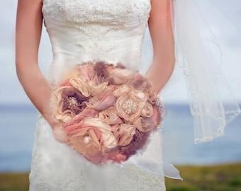 Bouquet de mariage,Bouquets et corsages de fleurs, Bouquets,Tous les accessoires, Accessoires, fabric bouquet, blush bride bouquet,