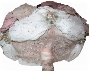 Bouquet of Tissue Flowers, bridal bouquet, bunch of Jewelry, Bouquet of Custom Brooches, Wedding Bouquet, Old Rose, Bride shabby chic