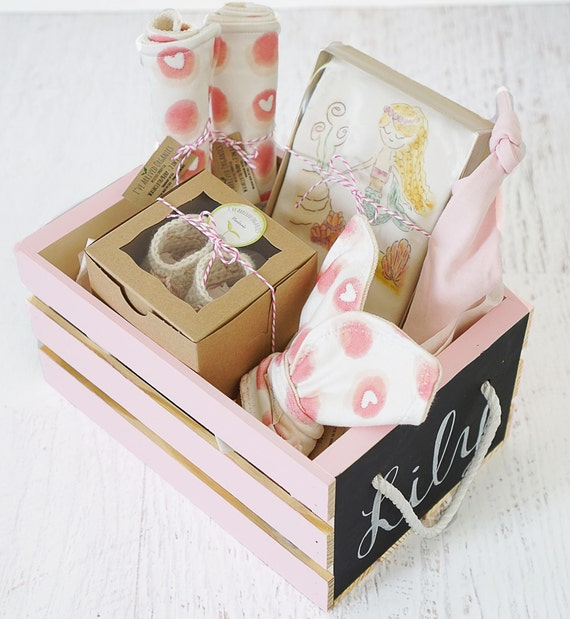 Personalized Baby Gift Baby Girl Gift Basket Baby Flamingo Organic Baby Clothes Organic Handmade Set Baby Shower Gift I/'ve Arrived