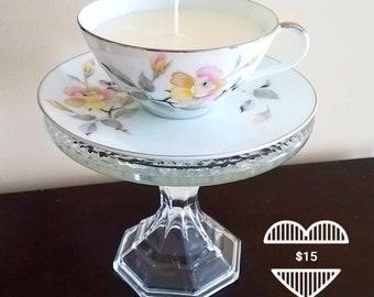 Elegant Floral Teacup Candle