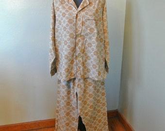 Omg! 70s Mac Phergus Mens Pajamas