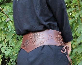 ceinture large en cuir marron   ceinture serre-taille marron   ceinture  médiévale   serre taille marron d7f4e61f0dc
