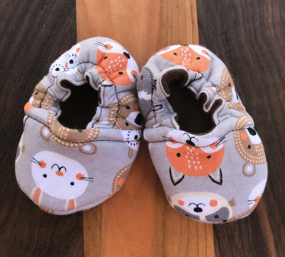 523e95414f3e9 Reversible Jersey Knit Soft Sole Baby Shoe Crib Shoe Baby Moc Baby Slipper  Baby Gift Baby Essential Baby Footwear
